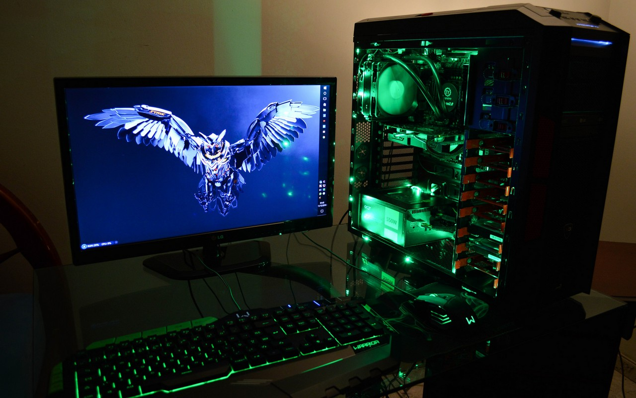 gaming-desks-01.jpg