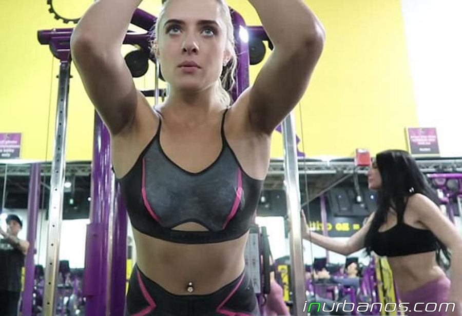 jen_bodypaint_gym-04.jpg
